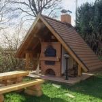 Holzbackofen individuell gestaltet