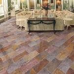 Fußboden eines Wintergartens, belegt mit Buntschieferplatten 30/60